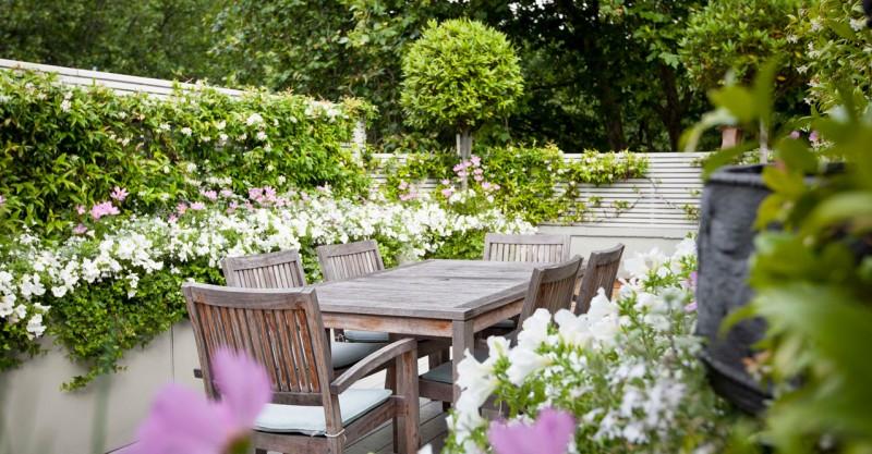 Awesome giardino in terrazza ideas idee arredamento casa for Idee per giardino in terrazza